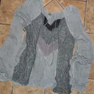🎉4 for $15🎉panel detailed gray peasant blouse